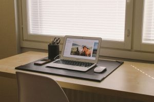 How to Ease Your Law Firm's Transition to Remote Work| NovoTempus | Credit: Aleksi Tappura
